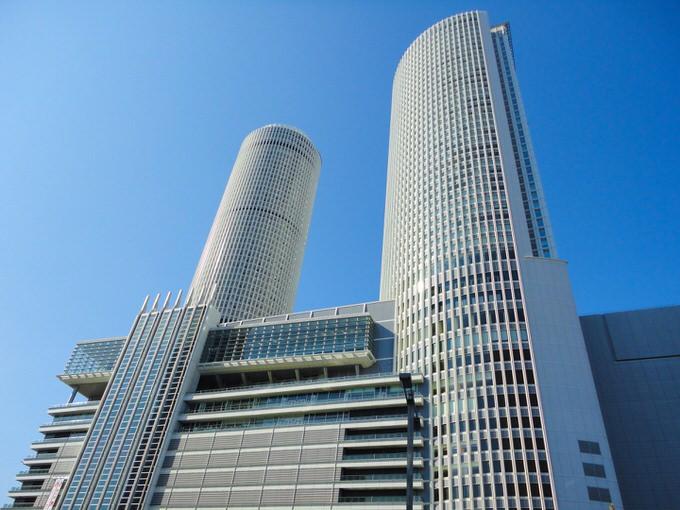 名古屋の高級ホテル外観